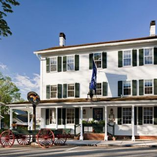 "<p><b>Date Opened:</b> 1776</p> <p><b>Location:</b> Essex, CT</p> <p>The brass-bell and maritime-painting-bedecked Griswold Inn resides in a quaint colonial harbor town located about 40 miles from Hartford. The ""Gris,"" as it's known by locals, has served George Washington, Mark Twain, Albert Einstein, and Katharine Hepburn, in addition to countless whalers, fishermen, steamboat captains, and townspeople. Three distinct dining rooms specialize in everything from tavern fare (like <a href=""/recipefinder/new-england-clam-chowder"" target=""_blank"">clam chowder</a> and lobster pot pie) to <a href=""/recipefinder/spanish-tapas-inspired-mussels-recipe-5419"" target=""_blank"">tapas</a>-style small plates.</p>"