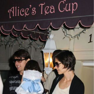 "<p>Tom Cruise and Katie Holmes know all the hot spots, even for the little tykes. The powerhouse couple took sleepy daughter Suri to New York City's kid-friendly <a href=""http://www.alicesteacup.com/""target=""_new"">Alice's Tea Cup</a>, known for its house-baked goodies.</p>"