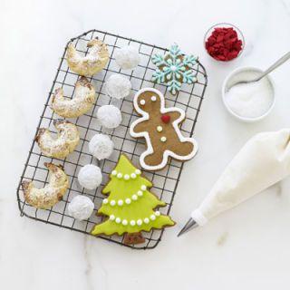 "<p><b>Get her recipes:</b></p> <p><a href=""/recipefinder/gingerbread-cookies-recipe-ghk1210"" target=""_blank""><b>Gingerbread Cookies</b></a></p> <p><a href=""/recipefinder/noel-nut-balls-recipe-ghk1210"" target=""_blank""><b>Noël Nut Balls</b></a></p> <p><a href=""/recipefinder/royal-icing-recipe-ghk1210"" target=""_blank""><b>Royal Icing</b></a></p> <p><a href=""/recipefinder/vienna-tarts-recipe-ghk1210"" target=""_blank""><b>Vienna Tarts</b></a></p>"