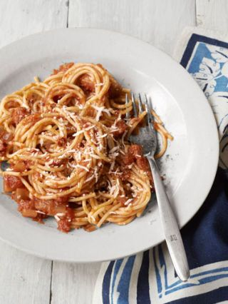 "<p>Traditional pasta gets an upgrade from Jenn Louis, chef-owner of <a href=""http://www.lincolnpdx.com/"" target=""_blank"">Lincoln Restaurant</a> in Portland, Oregon, with the addition of smoky, salty bacon and zesty red onion.</p> <p><strong>Recipe:</strong> <a href=""http://www.countryliving.com/recipefinder/spaghetti-red-onion-bacon-recipe-clv1012"" target=""_blank"">Spaghetti with Red Onion and Bacon</a></p>"