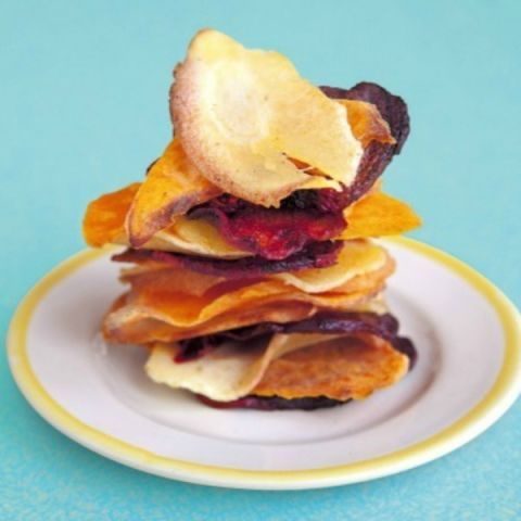 "<p>These crunchy snacks are a healthy alternative to standard potato crisps, so go ahead, get extra veggie goodness without losing any of the munchiness.</p> <p><b>Recipe: <a href=""http://www.delish.com/recipefinder/spicy-veggie-crisps-recipe-del0813?click=recipe_sr"">Nicely Spicy Veggie Crisps</a></b></p>"
