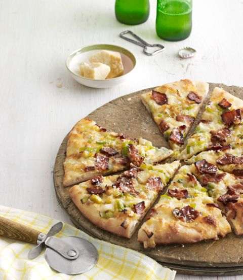 "<p>A quick and easy pizza recipe with a bacony twist.</p><p><b>Recipe: </b><a href=""/recipefinder/caramelized-leek-bacon-pizza-recipe-clv0313"" target=""_blank""><b>Caramelized-Leek and Bacon Pizza</b></a></p>"
