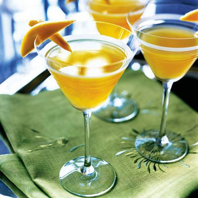 """<p>Kick-start the evening with these tangy cocktails spiked with vodka and Cointreau.</p><p><strong>Recipe:</strong> <a href=""""../../../recipefinder/mango-cocktail-drinks-recipes"""" target=""""_blank""""><strong>Mango Cocktail</strong></a></p>"""