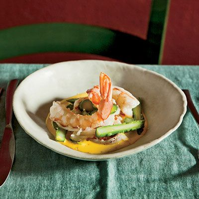 "<p>Luca Cerato poaches shrimp in Belgian-style blond ale. The shrimp are so richly flavored and delicious that they need little enhancement beyond the blanched asparagus and simple saffron-cream sauce he serves with them.</p><p><b>Recipe: </b><a href=""/recipefinder/ale-poached-shrimp-saffron-sauce-recipe-fw0413"" target=""_blank""><b>Ale-Poached Shrimp with Saffron Sauce</b></a></p>"
