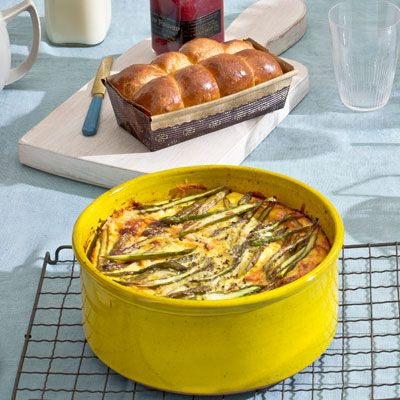 Make brunch a leisurely affair with this quick and easy asparagus and potato egg bake recipe.  Recipe: Asparagus and Potato Egg Bake