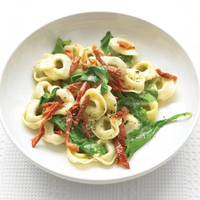 """<p>Arugula has a fresh, peppery flavor that pairs well with the sweet tomatoes.</p><p><b>Recipe:</b> <a href=""""/recipefinder/ beef-tortellini-arugula-sun-dried-tomatoes-recipe-mslo0613"""" target=""""_blank""""><b>Beef Tortellini with Arugula and Sun-Dried Tomatoes</b></a></p>"""