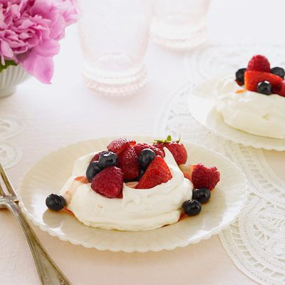"<p>Grapefruit adds citrus appeal to these edible meringue serving vessels.</p><p><b>Recipe:</b> <a href=""/recipefinder/    grapefruit-meringue-berries-recipe-ghk0410""><b>Grapefruit Meringue Nests with Mixed Berries</b></a></p>"