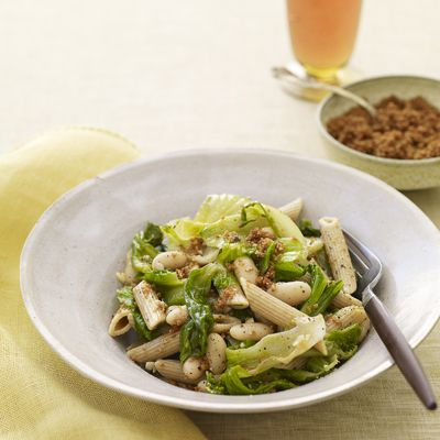 "<p>Tasty beans and greens add flavor and nutrition to this simple pasta recipe.</p><p><b>Recipe:</b> <a href=""/recipefinder/penne-escarole-beans-pasta-recipe""><b>Penne with Escarole, White Beans, and Toasted Breadcrumbs</b></a></p>"