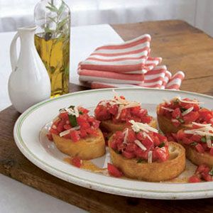 "<p>Classic tomato bruschetta is the perfect party appetizer, snack, or lite dinner.</p> <p><strong>Recipe:</strong> <a href=""../../../recipefinder/tomato-bruschetta-recipe-121211"" target=""_blank""><strong>Broiled Salmon with Spinach-and-Feta Saute</strong></a></p>"