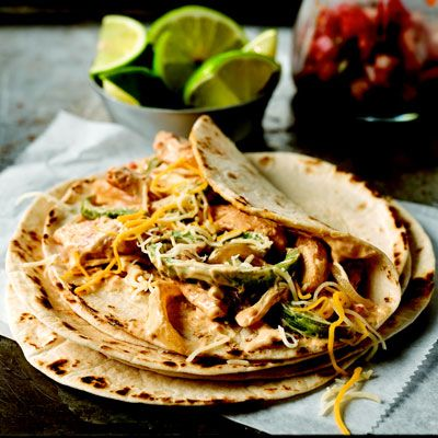 """<p>These quick chicken fajitas will please the whole family any night of the week.</p><p><b>Recipe:</b> <a href=""""/recipefinder/creamy-chicken-fajitas-recipe-kft0212""""><b>Creamy Chicken Fajitas</b></a></p>"""