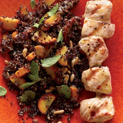 "<p>Cat Cora's nutritious quinoa is quick to make. Adding chicken makes it a great meal-in-one.</p><p><b>Recipe:</b> <a href=""/recipefinder/warm-quinoa-salad-carrots-grilled-chicken-recipe-fw0212""><b>Warm Quinoa Salad with Carrots and Grilled Chicken</b></a></p>"
