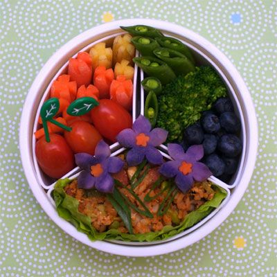 """When I pack my next day's lunch at 11 p.m. the night before, the last thing I consider is what it looks like. Sandwiches get shoved in plastic bags, and leftovers are unceremoniously crammed into old Tupperware. But making <a href=""""http://www.yumsugar.com/Japanese-Bento-Boxes-23047599"""" target=""""_blank"""">Japanese bento</a> is not just about delicious food; it's about harmonious construction and pretty presentations. We turned to the marvelous bento designs of <a href=""""http://www.flickr.com/photos/gamene/collections/72157622403685998/"""" target=""""_blank"""">Flickr user gamene</a> to inspire our next yummy lunch creations!"""