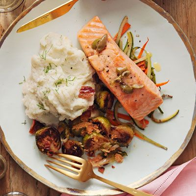 "<p>A simple, flavorful salmon dish perfect for date night, entertaining, or any old weeknight.</p><p><b>Recipe: </b><a href=""/recipefinder/salmon-parchment-olive-butter-recipe-opr0213"" target=""_blank""><b>Salmon in Parchment with Olive Butter</b></a></p>"