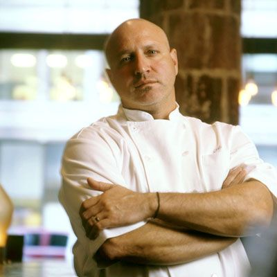 While Top Chef judge Tom Colicchio made a name for himself as a high-end chef, he also makes a mean sandwich. The successful restaurateur branched out from fancy and pricey establishments back in 2003, when he founded 'Wichcraft. The chain now exists in New York, San Francisco, and Las Vegas and is known for making innovative, high-quality sandwiches with the freshest of ingredients.