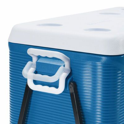 It goes without saying, but if you're going to eat food that comes out of your cooler, make sure it's clean before you use it! Wash the interior thoroughly with water and either soap or baking soda solution&#x3B; rinse well.