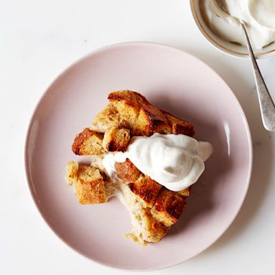 "<p>Honey (instead of white sugar) sweetens fruity, cinnamon-infused bread pudding.</p> <p><strong>Recipe:</strong> <a href=""http://www.delish.com/recipefinder/honey-cinnamon-banana-bread-pudding-recipe-opr0513"" target=""_blank""><strong>Honey-Cinnamon Banana Bread Pudding</strong></a></p>"