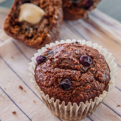 Blueberry muffins with flax seeds incorporate homemade flax seed meal, gluten-free flour, and an apple purée.