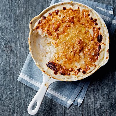 "<p>Rubbing garlic on the pan before cooking contributes mellow depth to a rich classic.</p> <p><strong>Recipe: <a href=""http://www.delish.com/recipefinder/potato-gratin-recipe-clx1113"" target=""_blank"">Potato Gratin</a></strong></p>"