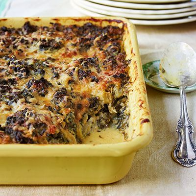 <p>Instead of the expected spinach, kale delivers iron-rich goodness in an irresistibly gooey casserole.</p>