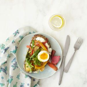"<p>High in protein and easy to make, this simple egg sandwich recipe makes an impressive meal. Cook the eggs your favorite style for a breakfast that's quickly and easily your own.</p> <p><strong>Recipe: <a href=""http://www.delish.com/recipefinder/ultimate-egg-sandwich-recipe-rbk0413"" target=""_blank"">Ultimate Egg Sandwich</a></strong></p>"
