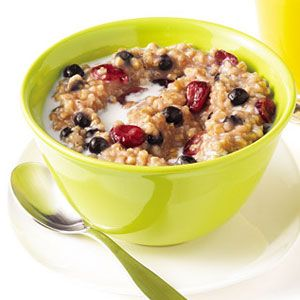 20 best oatmeal recipes how to make oatmealdelish psteel cut oats take a long time to break down this ccuart Image collections