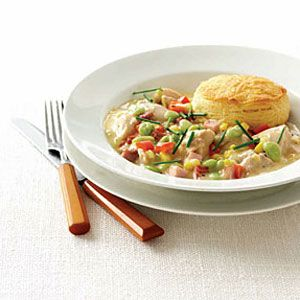 "<p>Chunky and creamy, this cold-weather version of succotash is packed with chicken, corn, baby lima beans and red bell pepper in a cream-of-chicken base peppered with thyme and snipped chives.</p>  <p><strong>Recipe:</strong> <a href=""http://www.delish.com/recipefinder/creamy-succotash-chicken-wdy0305""><strong>Creamy Succotash Chicken</strong></a></p>"
