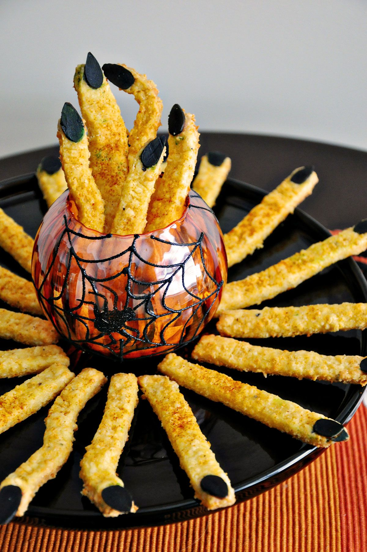 15 Halloween Candy Crafts Food Decorations for Halloween