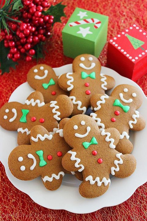 16 Easy Gingerbread Cookie Recipes How To Make Gingerbread Cookies