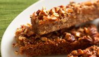 "<p>We love the sweet multigrain crust in these wholesome dried-fruit bars.</p>  <p><strong>Recipe:</strong> <a href=""http://www.delish.com/recipefinder/fig-apricot-fruit-bar-recipe""><strong>Fig and Apricot Bars</strong></a></p>"