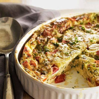 "Tasty chiles give the classic casserole a new kick, which also happens to be much healthier than the original recipe. Ready in under an hour, this hearty dinner will be your new weeknight staple.<br /><br /><b>Recipe: <a href=""/recipefinder/chiles-rellenos-casserole-recipe"" target=""_blank"">Chiles Rellenos Casserole</a></b>"