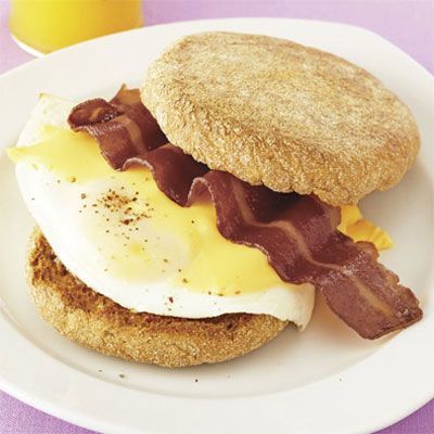 "Diane dropped 16 pant sizes, all thanks to a revitalizing diet plan that made a healthy breakfast, like this protein-packed option, a priority. <Br /><Br /><a href=""/recipefinder/diana-greens-breakfast-sandwich"">Get this recipe!</a>"