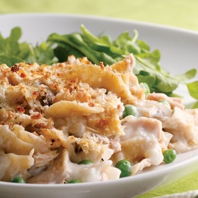 <p>Tuna is an ideal source of protein that is low in fat. We've teamed it up with healthier whole-wheat noodles in this delicious casserole. Add some veg (we used peas and mushrooms) and a dash of white wine and top it off with a Parmesan and bread-crumb crust. An effortless supper that's kind to your waistline.</p><br />