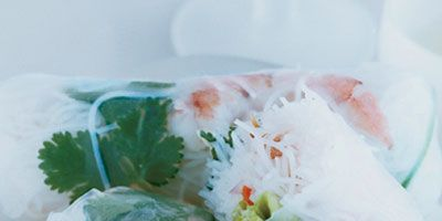 """<p>Vietnamese rolls stuffed with shrimp get crunch and color from yellow peppers, lettuce, and carrots, which, like most orange fruits and vegetables, are high in cancer-fighting alpha carotene. </p><br /><br /><p><a href=""""/recipefinder/shrimp-vegetable-summer-rolls-recipe-64440f66-87b8-4ead-a602b093d411a7a4"""" target=""""_blank""""><b>Get this recipe!</b></a></p>"""