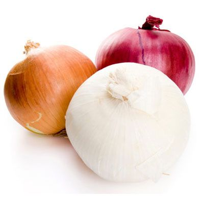 "<p>Onions don't see as many pest threats, which means less pesticide spraying.</p><br />  <p><b>Choose:</b> Look for onions that are firm, have a distinctive ""oniony"" smell that's not overpowering, and show no visible signs of damage or soft spots. Store in a cool, dry place or in the refrigerator.</p><br />  <p><b>Recipes:</b><br /> <a href=""/recipefinder/onion-rings-recipe"" target=""_blank""><b>Onion Rings</b></a><br /> <a href=""/recipefinder/creamed-onions-recipe"" target=""_blank""><b>Creamed Onions</b></a><br /> <a href=""/recipefinder/turkey-balsamic-onion-quesadillas-recipe-5273"" target=""_blank""><b>Turkey and Balsamic Onion Quesadillas</b></a>"