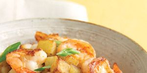 """<p>This slightly spicy shrimp skillet toss is ready in just 30 minutes.</p><br />  <p><b>Recipe:</b> <a href=""""/recipefinder/shrimp-scallions-crispy-potatoes-recipe-mslo0411"""" target=""""_blank""""><b>Shrimp with Scallions and Crispy Potatoes</b></a></p>"""