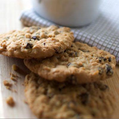 Vanishing Oatmeal Raisin Cookies Recipe Quaker Oats Recipe