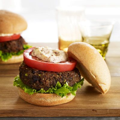 "This south-of-the-border burger proves that beef-free doesn't have to be bland: Spiced with coriander and cumin, and capped with chile-spiked Tex-Mex mayo, it's as fiery as it is filling.<br /><br /><b>Recipe: <a href=""/recipefinder/black-bean-burgers-recipe-gh0210"" target=""_blank"">Black Bean Burgers</a></b>"
