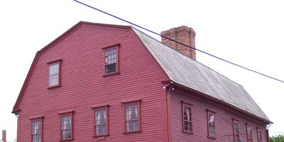 """<p><b>Date Opened:</b> 1673</p> <p><b>Location:</b> Newport, RI</p><p>Originally a meeting place for local assemblymen, in 1702 the tavern was licensed to sell """"...all sorts of Strong Drink"""" and became the birthplace of the business lunch when members of the council gained expense accounts. Officially named the White Horse in 1730, over the years the establishment switched between rooming house and tavern. Thanks to local preservationists, the building, with its gambrel roof, giant beams, and cavernous fireplaces, reopened as the White Horse Tavern in 1957. </p>"""