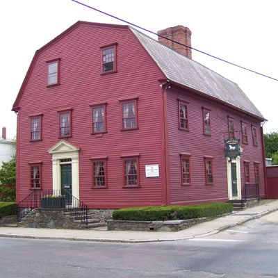 "<p><b>Date Opened:</b> 1673</p> <p><b>Location:</b> Newport, RI</p><p>Originally a meeting place for local assemblymen, in 1702 the tavern was licensed to sell ""...all sorts of Strong Drink"" and became the birthplace of the business lunch when members of the council gained expense accounts. Officially named the White Horse in 1730, over the years the establishment switched between rooming house and tavern. Thanks to local preservationists, the building, with its gambrel roof, giant beams, and cavernous fireplaces, reopened as the White Horse Tavern in 1957. </p>"
