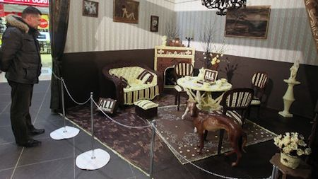 Living Room Made Entirely Out of Chocolate - Artists Creates ...
