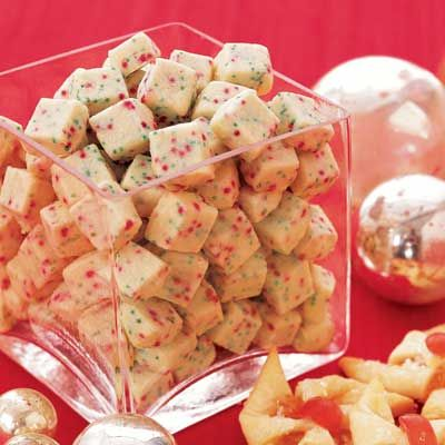"<p>Shortbread is always a good option for Christmas, and this cube-shaped version is both easy to prepare and decorative.</p> <p><b>Recipe: <a href=""http://www.delish.com/recipefinder/shortbread-bites-1945"" target=""_blank"">Shortbread Bites</a> </b></p> <p><strong>Related: <a href=""http://www.delish.com/entertaining-ideas/holidays/christmas/cute-christmas-treats"" target=""_blank"">21 Super Cute Treats to Make This Christmas</a></strong></p>"
