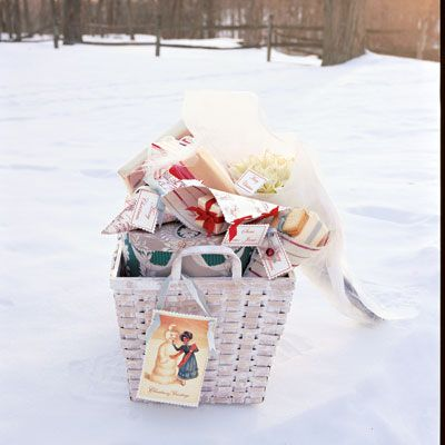 Tiny gifts tucked inside paper cones, each with its own handcrafted gift tag attached, fill a woven basket to overflowing and await parceling out to friends and family. Learn here how to craft these easy projects yourself. All can be done in a weekend.