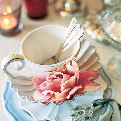 Shower a bride-to-be with good wishes at a sit-down buffet. <br />China and glassware needn't match. Use what you have, and if you require more, ask a friend to bring along a few extras.