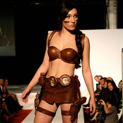 Yes, that's a milk chocolate version of Lara Croft: Tomb Raider. While we know this outfit would look as dazzling on Angelina Jolie, we don't think she could pull off her stunts in this costume.