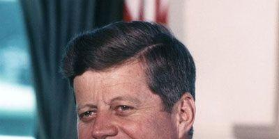 จอห์น Fitzgerald Kennedy was the first president to shine a spotlight on the White House chef. His staff approached chef Jacques P