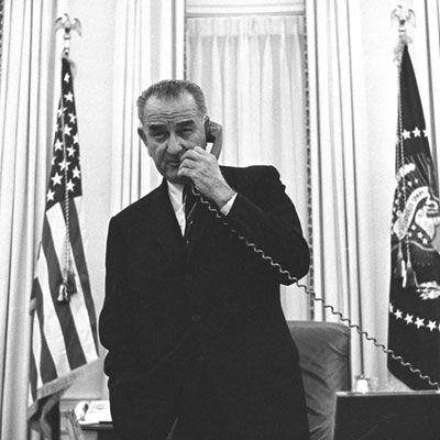 "Lyndon B. Johnson might have been famous for his ability to cajole lawmakers, but a foodie he was not. Johnson's love of Fresca was so deep that a soda dispenser was even installed in the Oval Office. Other favorites included some simple pleasures: canned peas, <a href=""/recipefinder/maple-walnut-tapioca-pudding-recipe-8917"" target=""_new"">tapioca pudding</a>, and <a href=""/recipefinder/holiday-sweet-potatoes-967"" target=""_new"">sweet potatoes with toasted marshmallows</a>. Don't we all wish we could have marshmallows on sweet potatoes even when it's not Thanksgiving?"