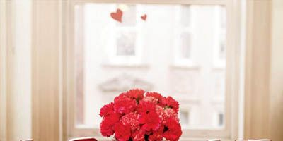 Diy Valentine S Day Table Decorations Settings And Centerpieces