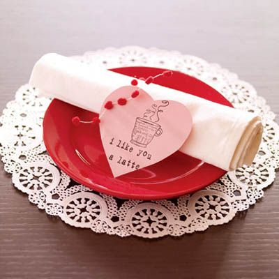 Diy Valentine S Day Table Decorations Settings And Centerpieces Delish Com