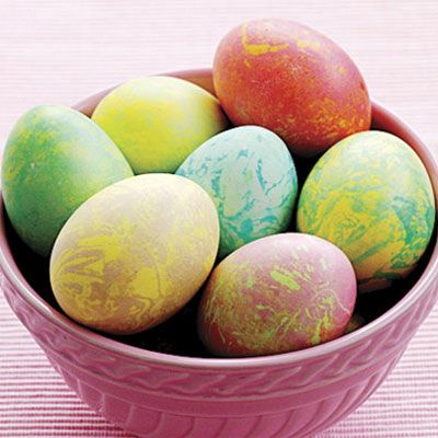 Make Marbled Easter Eggs - Dye Easter Eggs - Easter Decorations