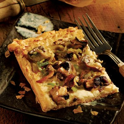 <p>Earthy mushrooms need no wand to magically make a meatless meal a showstopper. Call on an Italian Valpolicella Reserva or a Spanish Rioja Reserva to fill the supporting role.</p><br />
